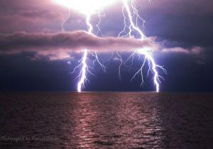 1-lightning-on-water